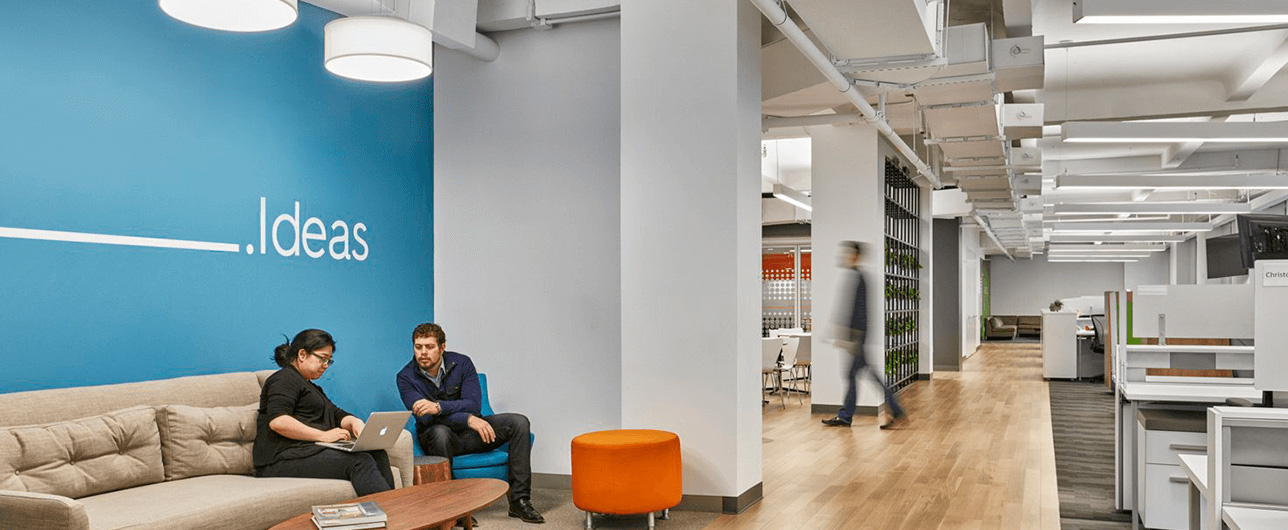 employees working in the Criteo office