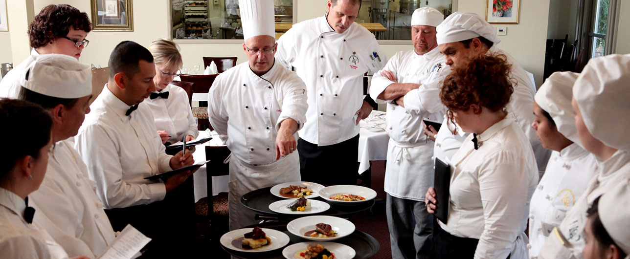 Arizona Culinary Institute teaching students