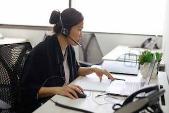 How to Have a Successful & Productive Phone Meeting